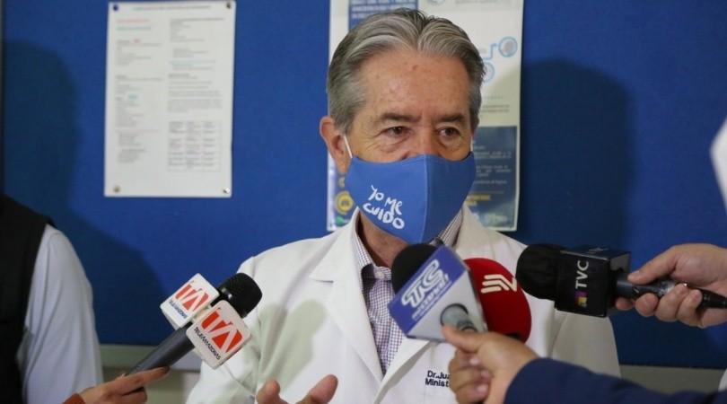 El ministro de Salud de Ecuador renunció por un escándalo con vacunas