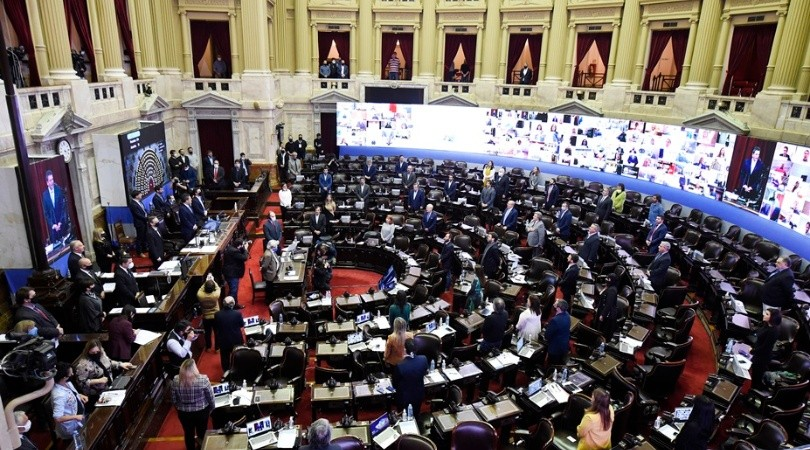 Diputados analiza en comisión proyecto sobre endeudamiento externo