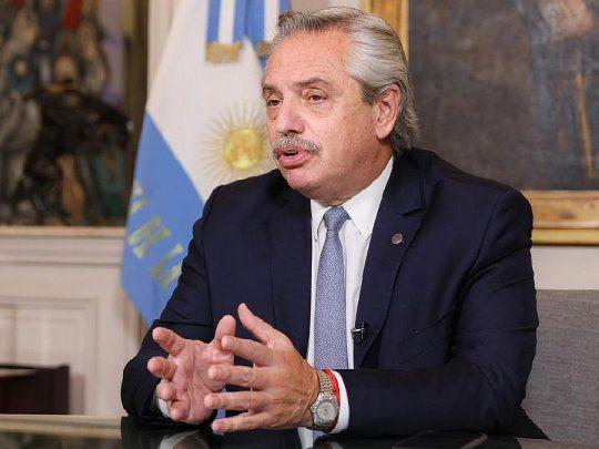 Alberto agradeció el llamado de Putin y confirmó más vacunas Sputnik V