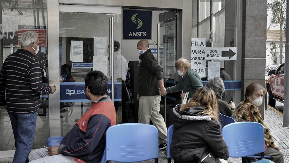Las jubilaciones, pensiones y asignaciones aumentarán 12,39 % a partir de septiembre