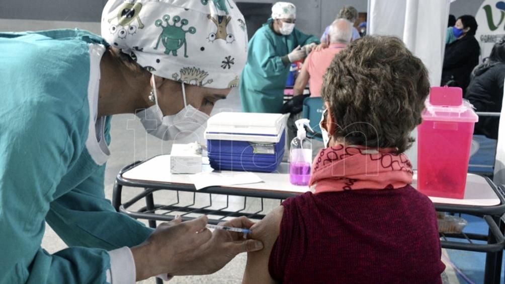 Ministros de Salud destacaron la gran adhesión a la combinación de vacunas